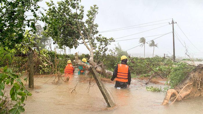 Vừa kết thúc đợt mưa lớn do ảnh hưởng của bão số 5, các tỉnh Trung Bộ khả năng hứng thêm một cơn bão vào nửa cuối tháng 9. Ảnh: Đoàn Nguyên.