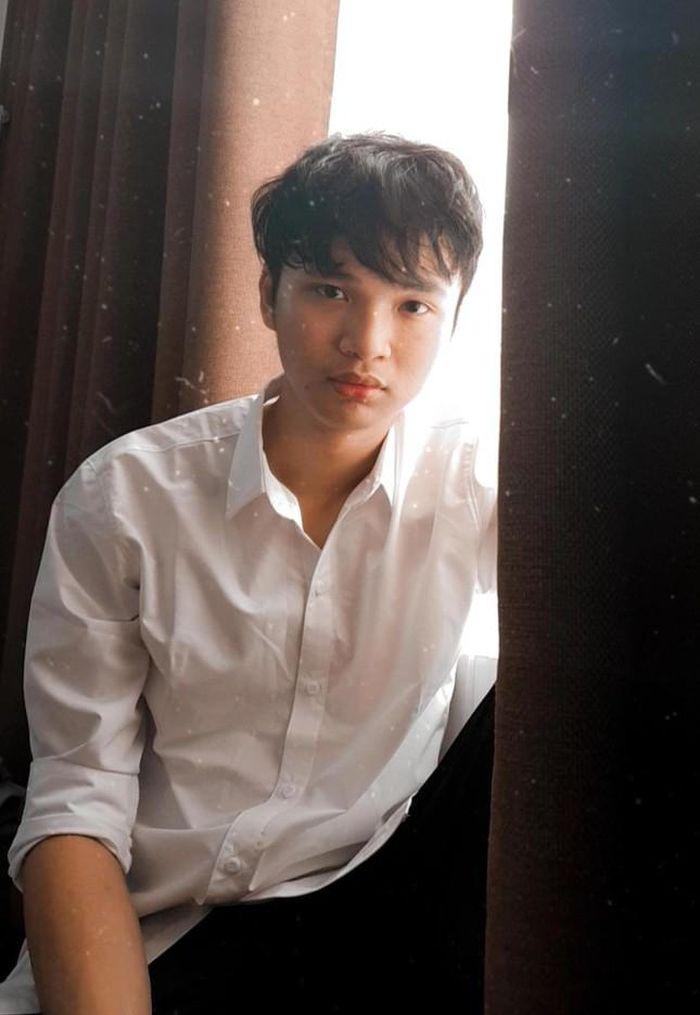 Tuy đang trong quá trình chữa trị bệnh đầy khó khăn nhưng Văn Phong luôn giữ tinh thần lạc quan