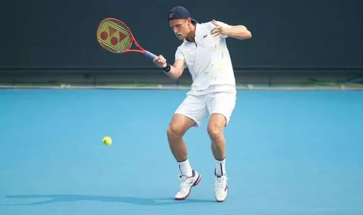 Tay vợt mắc Covid-19 vẫn ra sân thi đấu, Australian Open 2021 đứng trước nguy cơ bị hủy