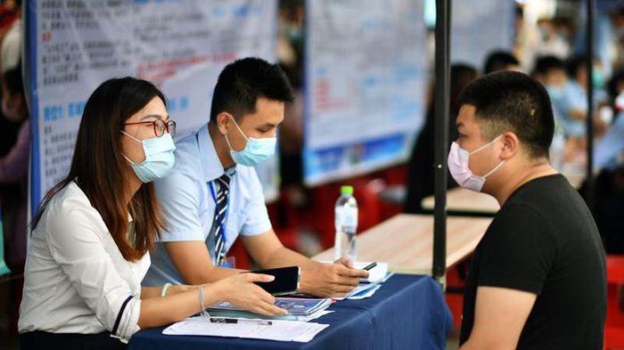 Trung Quốc vượt mục tiêu tạo thêm việc làm
