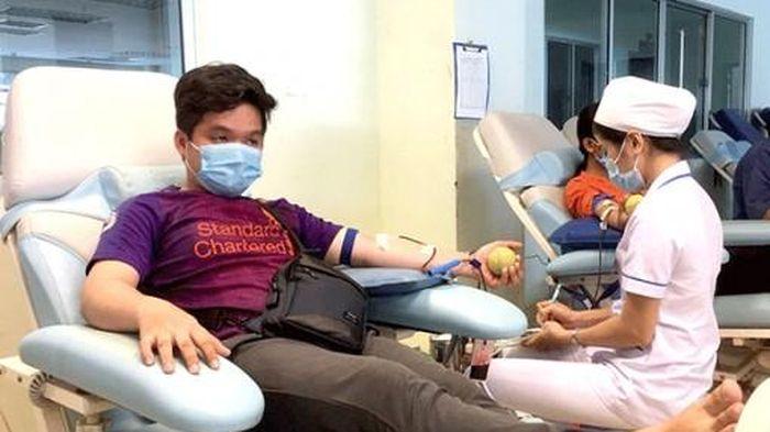 Tiếp nhận 110 đơn vị máu từ những người hiến máu tình nguyện