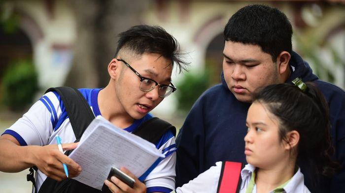 Thí sinh xét tuyển đại học năm 2021 được điều chỉnh nguyện vọng nhiều lần