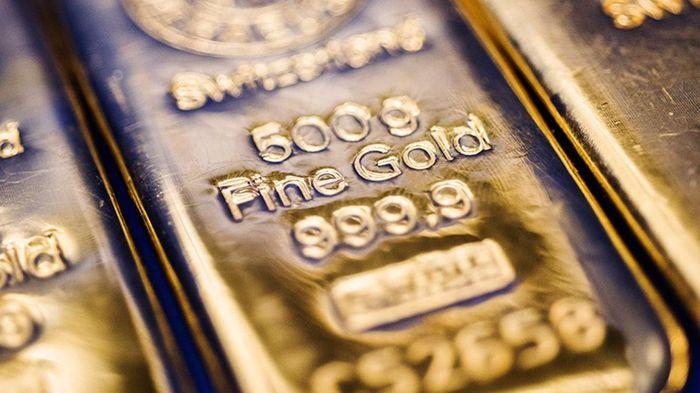 Lao dốc theo thế giới, vàng miếng tuột mốc 56 triệu đồng/lượng