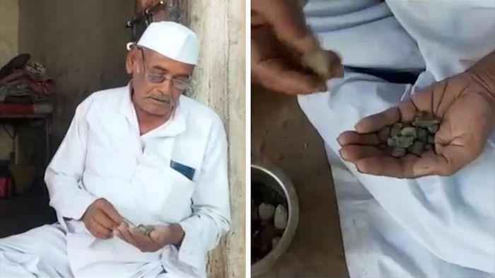 Cụ ông Ấn Độ có sở thích ăn đá mỗi ngày