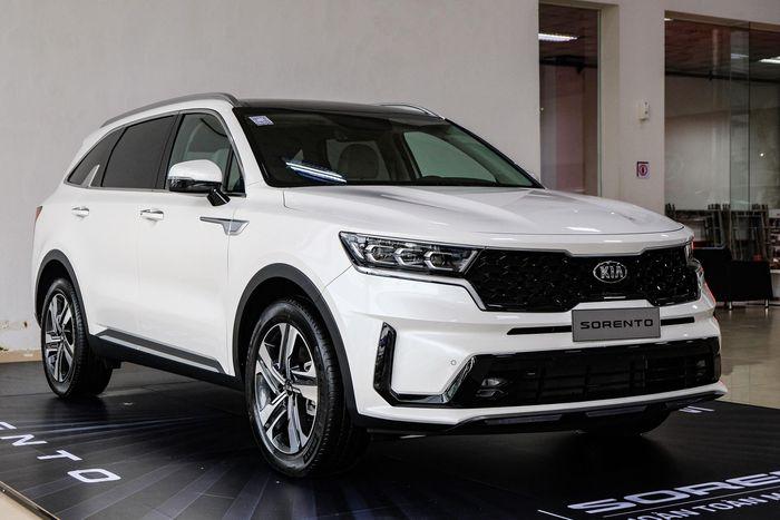 Những mẫu ôtô 7 chỗ bán chạy nhất 5 tháng đầu năm 2021 tại Việt Nam