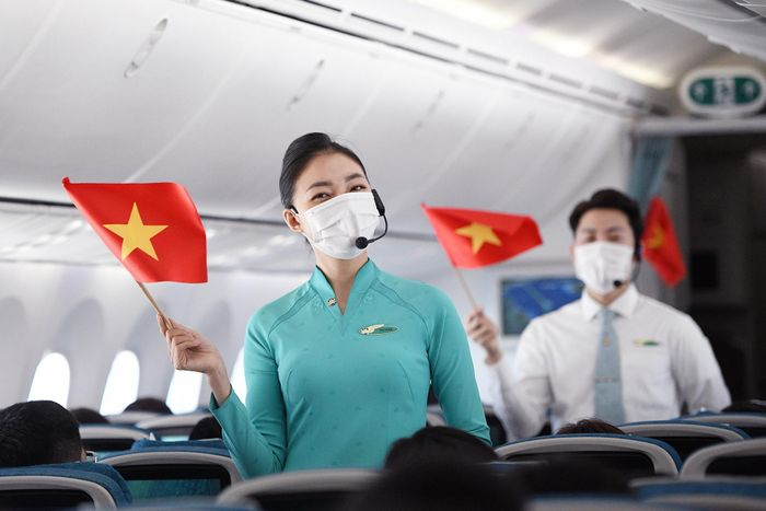 Cổ phiếu Vietnam Airlines lên giá ngay sau tin được vay 4.000 tỷ đồng
