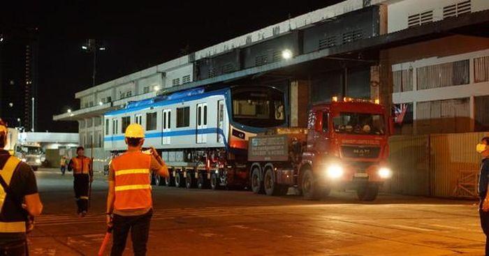 Đoàn tàu số 4 của metro số 1 về depot Long Bình, TP Thủ Đức