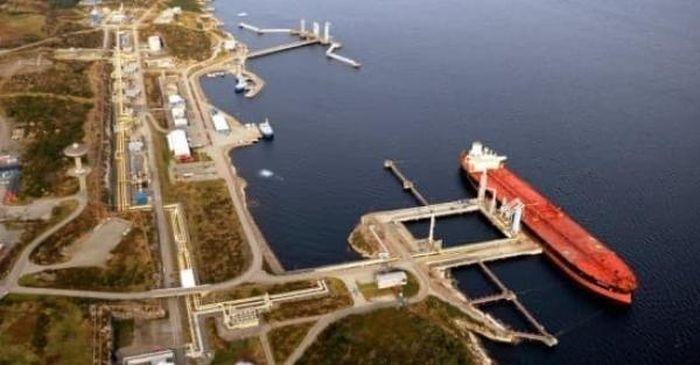 Hoa Kỳ: Thu hẹp khoảng cách giá dầu giữa WTI và Brent