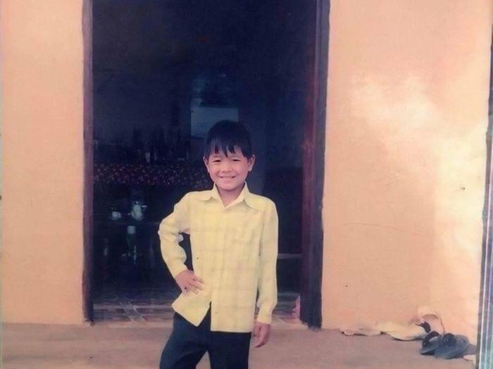 Loạt ảnh ngày bé của các cầu thủ Việt khiến fan thích thú
