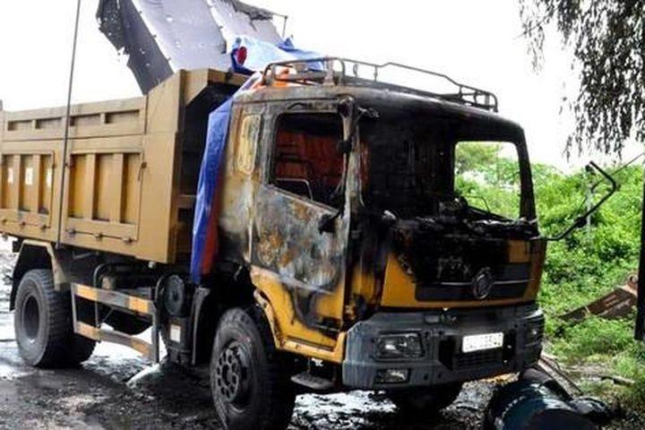 Người đàn ông ở Hải Dương bị đốt xe ô tô vì nợ hơn 2,5 tỷ đồng tiền cá độ bóng đá - Báo Gia Đình & Xã Hội